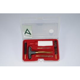 Cleaning kit for pistol or revolver with three-piece brass cleaning rod